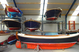 Jachtwerf Mollers winterstalling. Voor het stallen van uw zeilboot of sloep kan u in de winter terecht bij Jachtwerf Mollers.